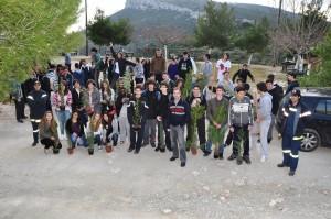 Μαθητές με το στέλεχος του ΣΠΑΥ Δημήτρη Κυργιόπουλο.